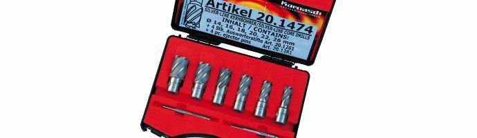 Karnasch Set BASIC, Silver-Line25 6 HSS-XE ongecoate kernboor: snijdiepte 25mm, Weldonopname 19mm, elk 1: Ø14, 16, 18, 20, 22, 26 mm, 2 uitwerpstift 6,34x77mm BESTSELLER Art: 201474